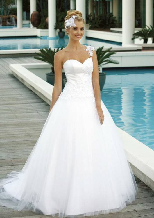 Strapless Sweetheart Tulle Ballgown featuring Stunning Gold Color  Embroidery (Style: 14653) $608 at Best Bridal Prices