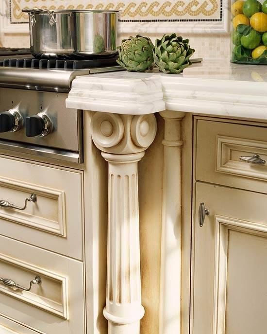 Contemporary kitchen cabinets by Decora Cabinetry · HarmoQOBmMSwpB2