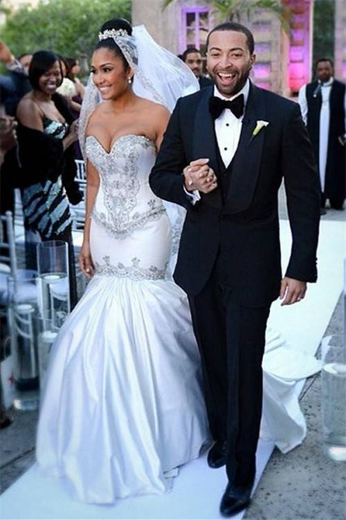 Ball Gown Wedding Dresses 2017 New Full Sleeve See Through Princess Bridal  Gowns Custom Made Romantic Appliques Fashion Beautiful Bridal Gowns  Princess