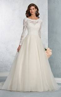 Discount Vintage Lace Long Sleeve Wedding Dresses Gold Appliques Plus Size Wedding  Dress With Button Covered Colorful Bridal Gowns Custom Design Wedding