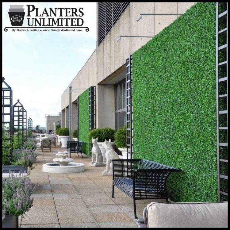 The designers at AECOM included green walls around the  perimeter of