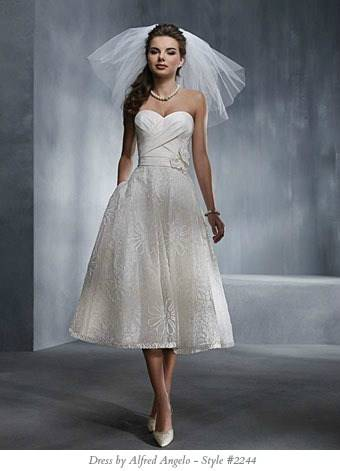 Lace Plus Size Short Oleg Cassini Cap Sleeve Tea Length Wedding Dress Style