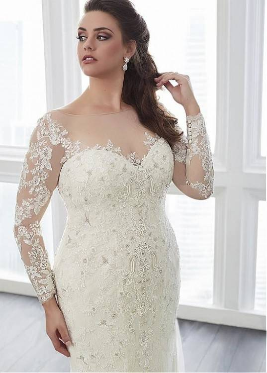 Dalin creates gorgeous haute couture wedding dresses for over 40 years and  it seems that their modern and romantic style is getting better and better  with