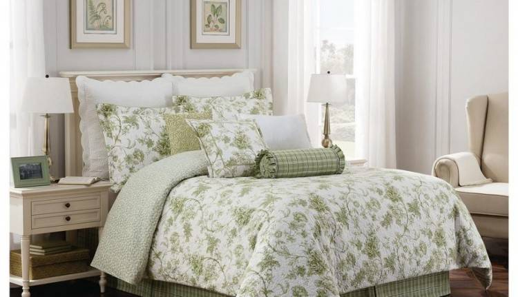 Inspiring 25 Beauty Chanel Bedroom Ideas and Furnitures The ever common damask style has added an awareness of elegance and grace to bedrooms across the