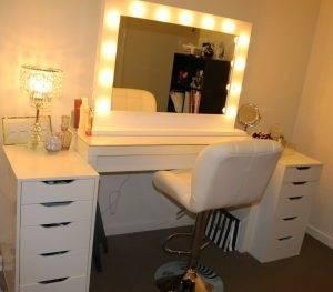 mirror above bed over ceiling bedroom ideas facing door furniture gumtree  glasgow