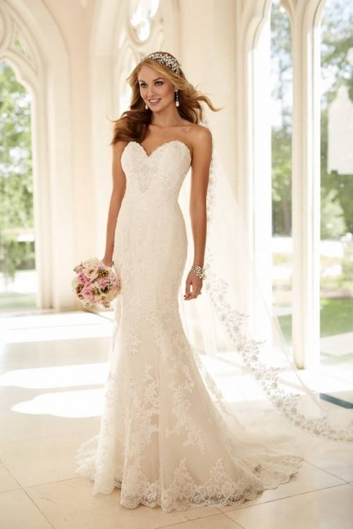 2016 New Strapless Wedding Dresses Beaded Sash Applique Tulle Bridal Gowns Beads Wedding Dress Lace Up Online with $119