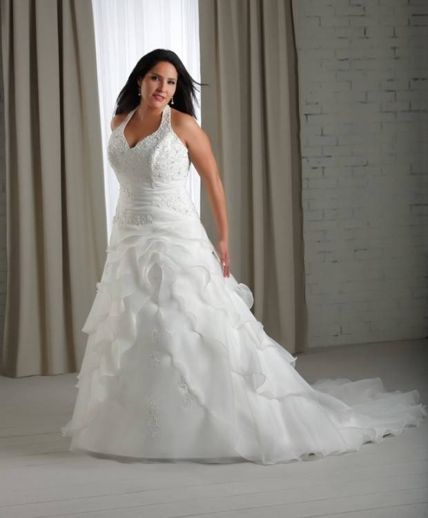 Wedding Dress Shapes and Styles for Brides with a Small Bust   hitched