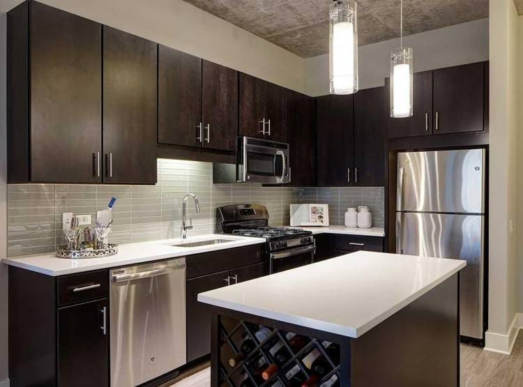 Let our experienced kitchen designers take care of your kitchen renovation project, from design to installation, while you get on with your favourite things