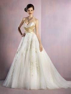 2018 Romantic Flora Dubai Style Wedding Dress Elegant Mermaid Long Sleeves Sheer High Neck Garden Bridal Gown Custom Made Plus Size Pretty Mermaid Wedding
