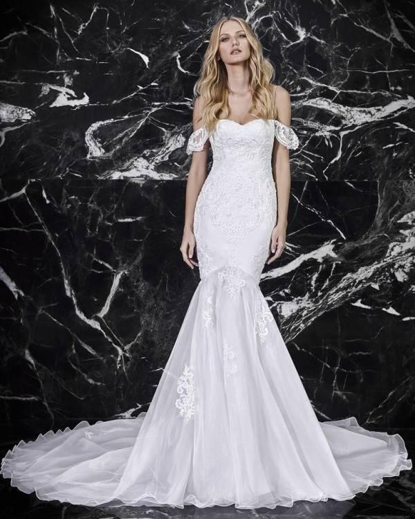 Discount Vintage Lace Muslim Wedding Dress 3D Floral Applique Off Shoulder Arabic Style Bridal Gowns Vestidos De Novia White Princess Bride Dresses Wedding