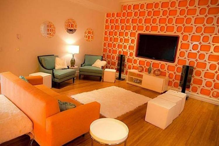 An orange backdrop for contemporary dining space in open plan living  area [Design: Wonderland