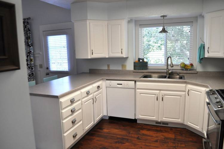 chocolate maple kitchen cabinets kitchen cabinets not wood