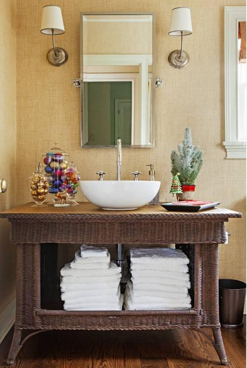 Gold Cosmetics toiletries bathroom small storage ornaments bathtub