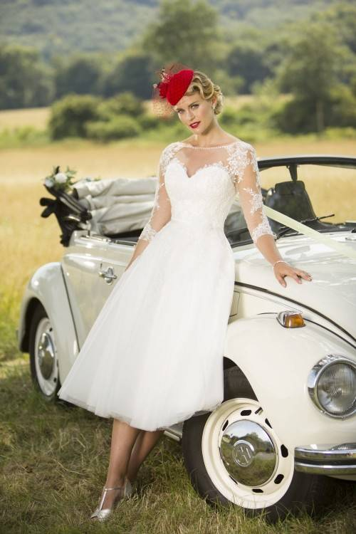 The 35 Most Beautiful Bedazzled Wedding Dresses | Vintage Style