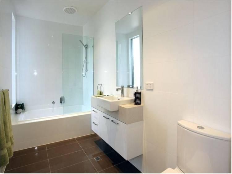 Freestanding Tub In Small Bathroom Small Bathroom Bath Best Small Bathroom  Bathtub Ideas On Small Tub Freestanding Tub In Small Small Freestanding  Bathtubs