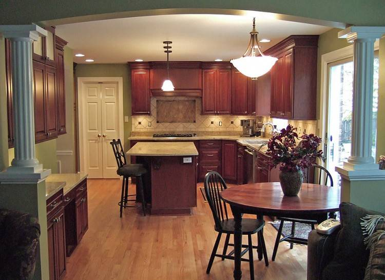 The average cost of a kitchen remodel in Aurora is approximately $10,500 to $30,000