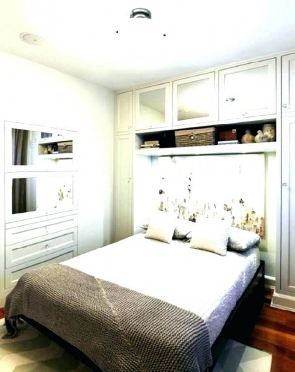 beige white bedroom decorating ideas