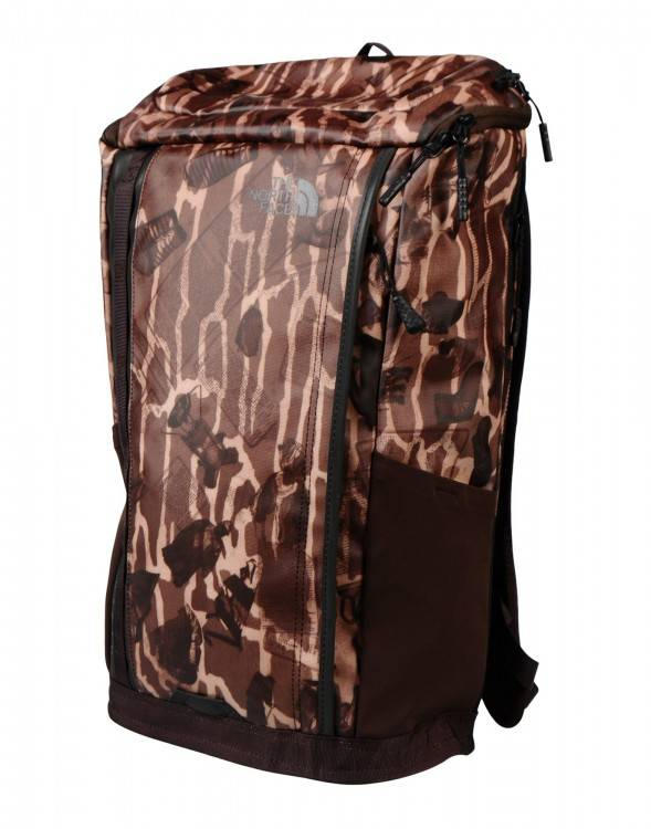 com: The North Face Kaban Green Camo/Taupe Unisex 15 Laptop Sleeve Size OS