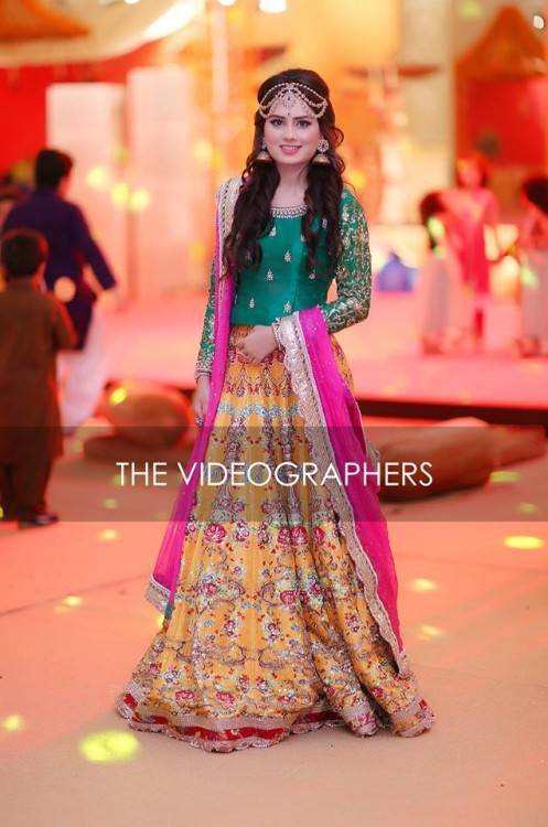 Latest Pakistani & Indian Best Wedding Dresses and Bridal Gowns for Women