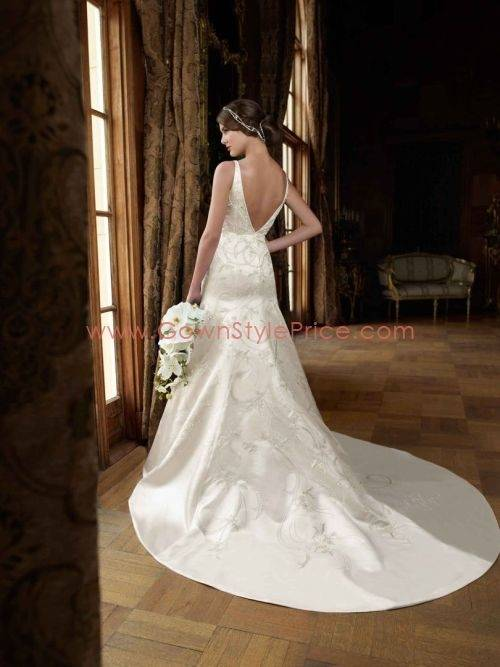 2018 New Sexy B Collar Sleeveless Lace Retro Wedding Dress Summer Fashion Chic White Fashion Bridesmaid Dress Bridesmaid Dresses For Cheap Bridesmaid