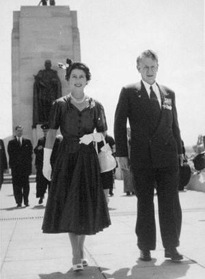 1960 Fashion Trend Mini Skirt |