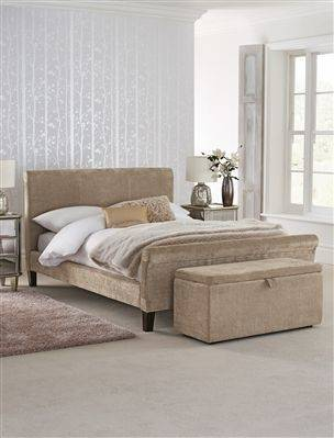 Wayfair lets you find the designer products in the photo and get ideas from thousands of other Glam