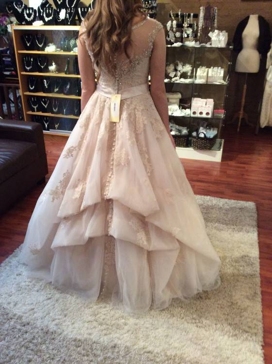 Wedding Dress Bustle Types Luxury How to Bustle A Lace Wedding Dress Wedding Gown Bustle Styles