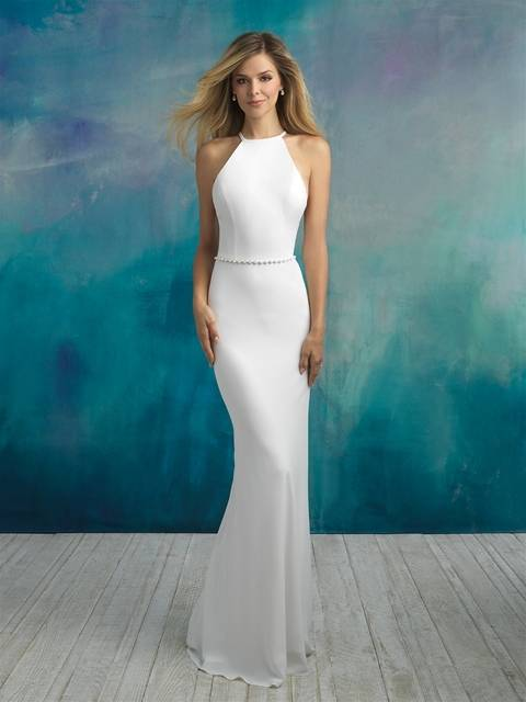 Opt for a short sleeve dramatic A lined wedding dress with a