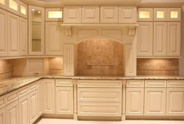 White Kitchen; White Kitchen