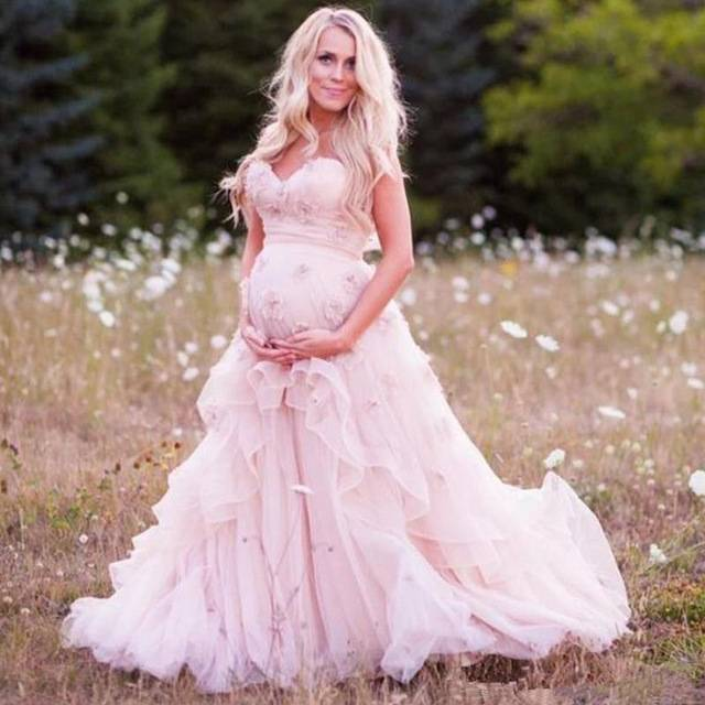Discount New Style Wedding Dresses With Watteau Train V Neck Long Chiffon Grecian Beach Maternity Wedding Gowns Grecian Bridal Halter A Line Wedding Dress