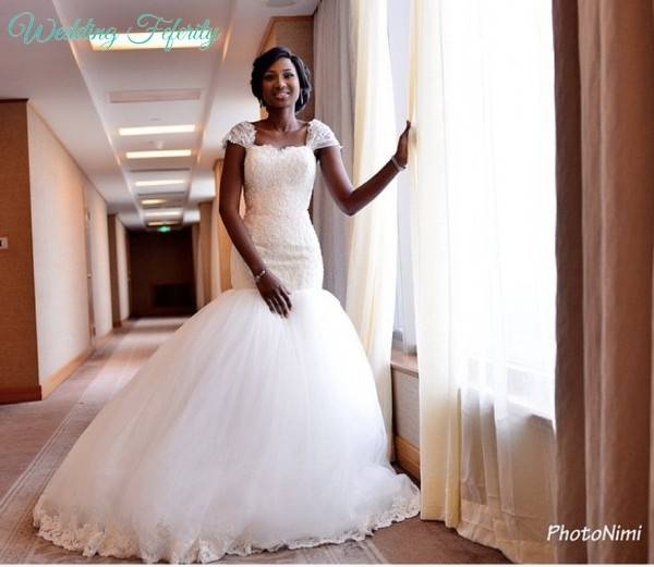 a lot of brides has taken up this style bringing elegance and royalty to the aisle