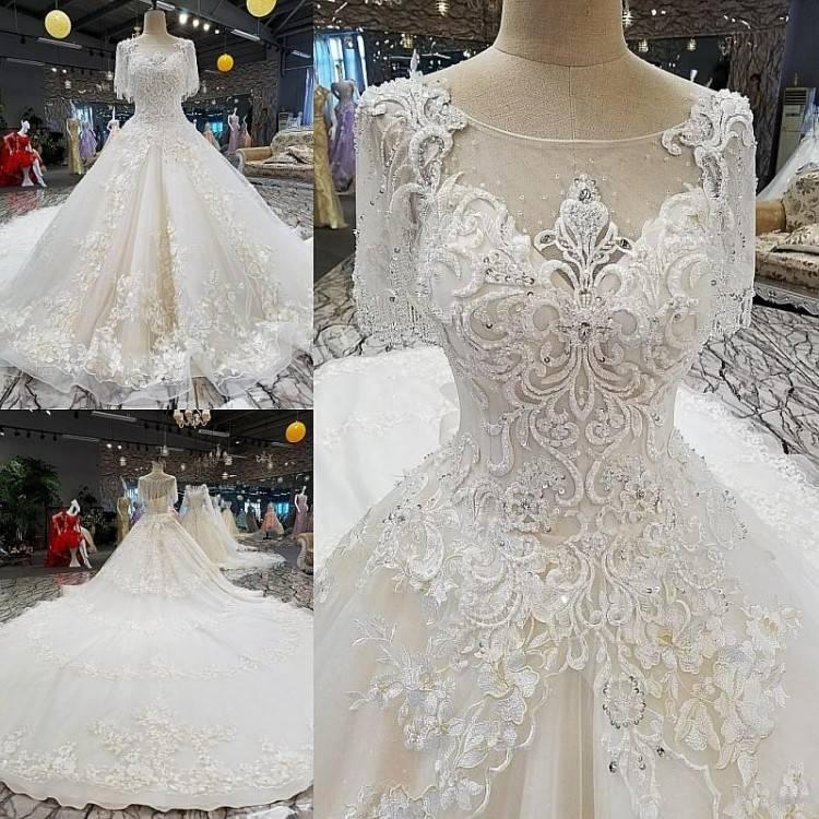 Moroccan Wedding Dress, Bridal Collection, bride, bridal, wedding, noiva,  عروس, زفاف, novia, sposa, כלה, abiti da s… | Bridal: Couture Gown  Inspiration